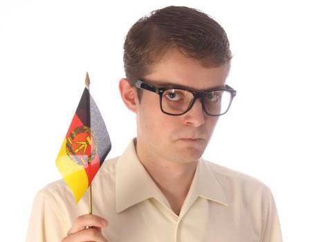"""LKG-Mitglied Felix Fischer spielt: """"Helden wie wir"""""""